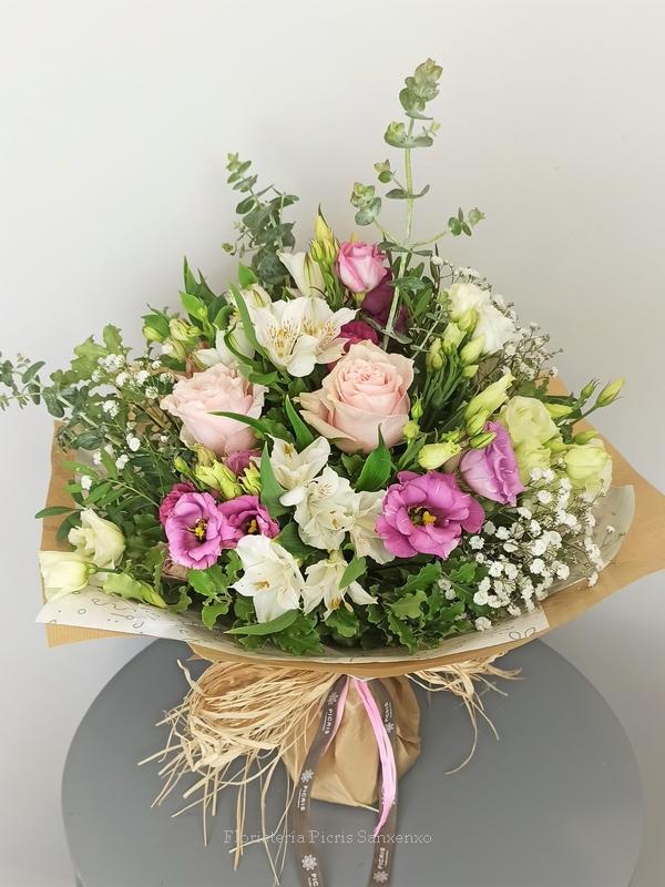Ramo flores rosa regalo