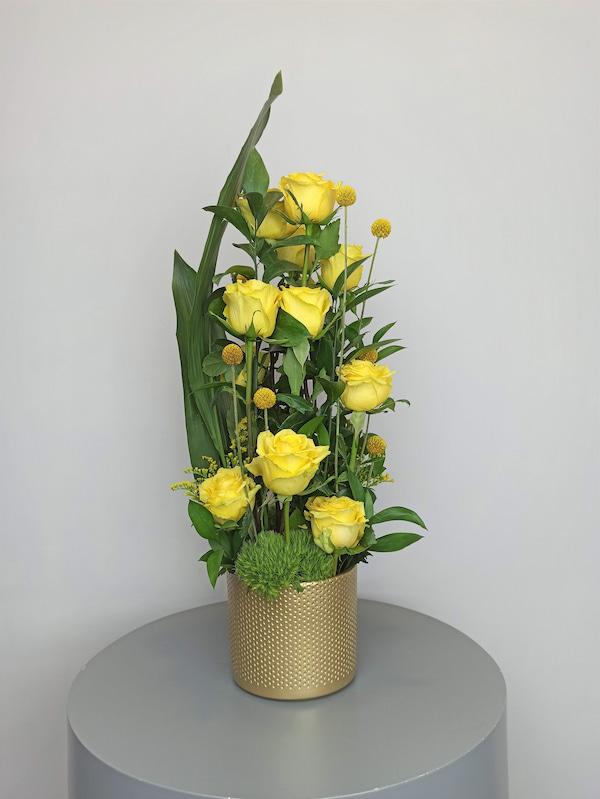 centro de rosas amarilla
